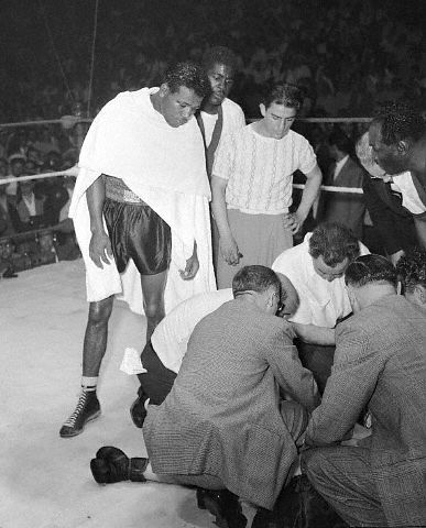 Sugar Ray Robinson death in the ring